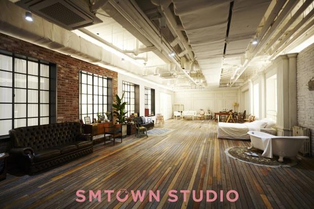 SM Town (2)
